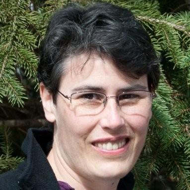 Headshot of Linnea Avallone